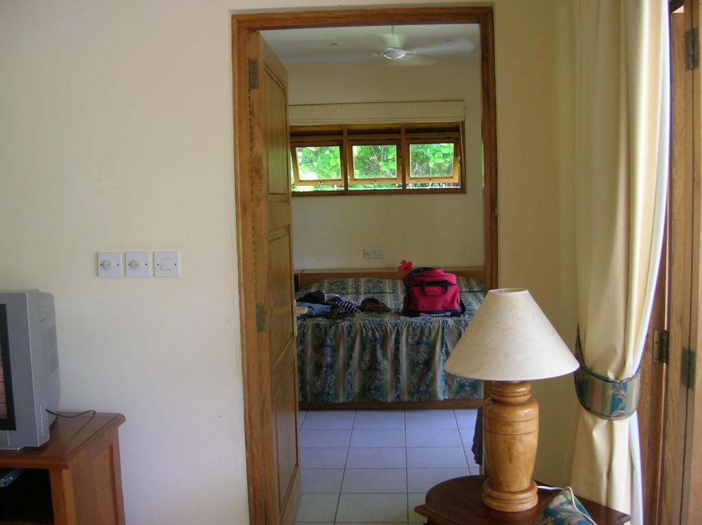 villador-chambre-praslin-seychelles-2007