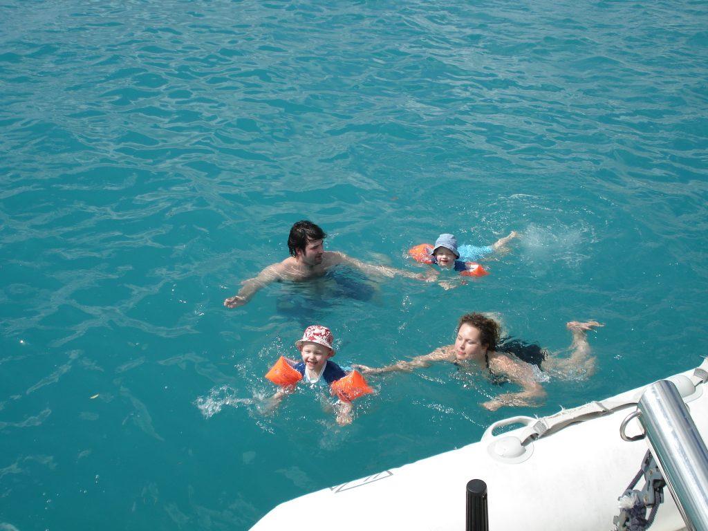caraibes-en-catamaran-janv2008-bains-de-mer