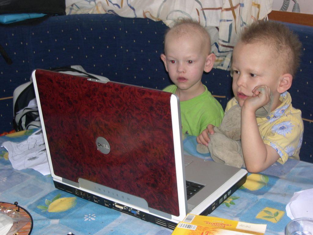 caraibes-janv2008-cataet-enfants-petits-films