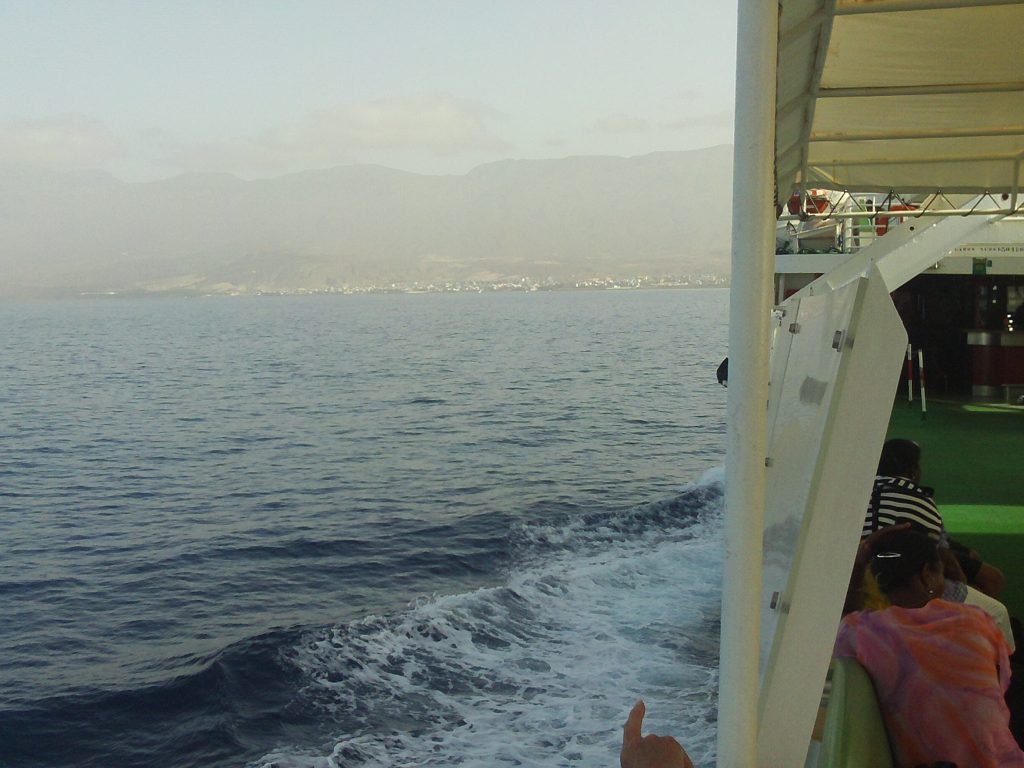 Bateau-cap-vert-juin2009-ferry-santo-antao