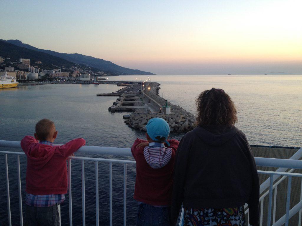 corse-ete-2012-arrivee-ferry-bastia