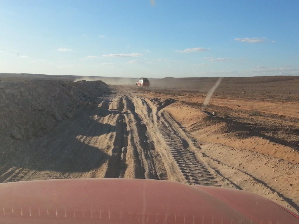 desert-tunisien-j3-premiere-piste-sable