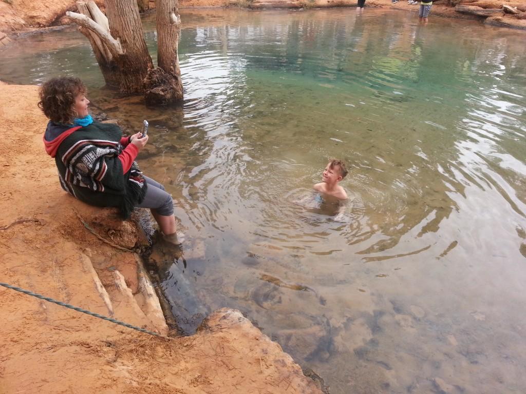 desert-tunisien- j4-source-eau-chaude-ksarGhilane