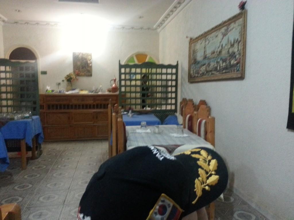 desert-tunisien-j6-nefta-restau