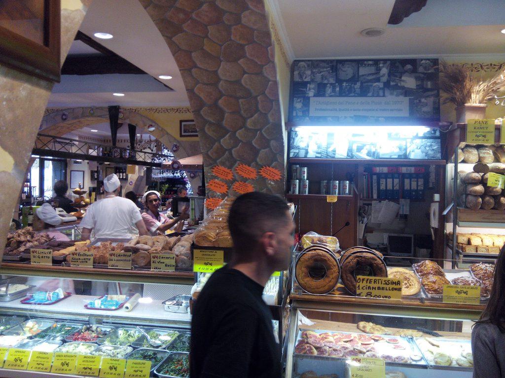 2-rome-boulangerie-prs-gare-coup-coeur