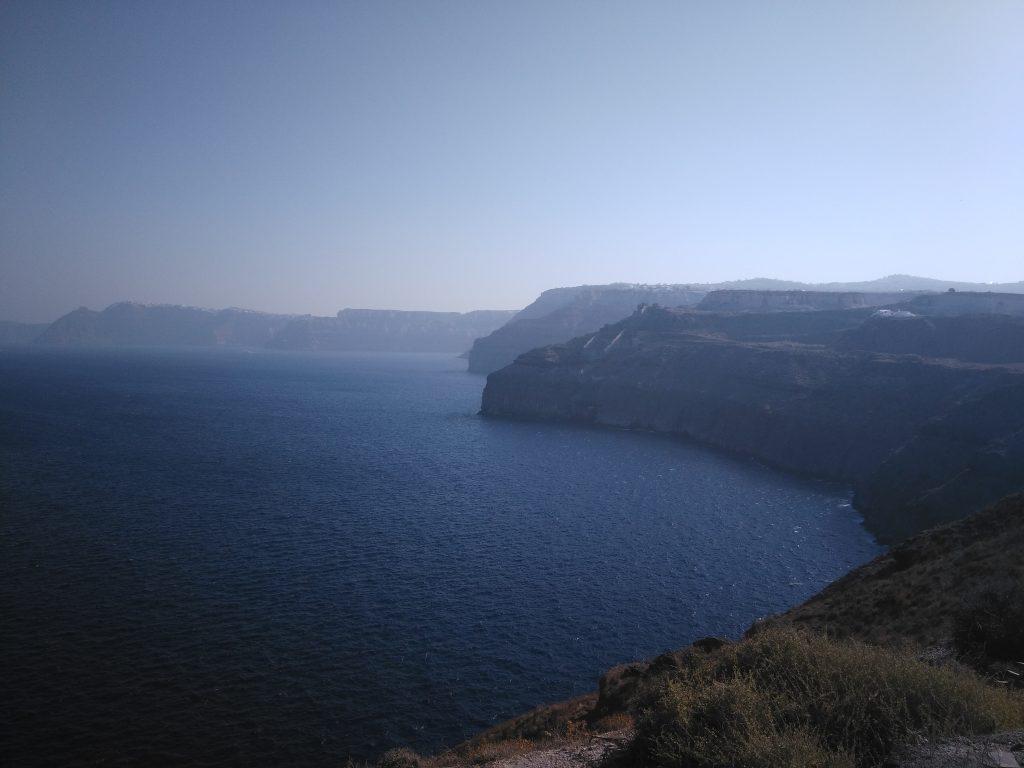 cata-ete-2016-cyclades-falaises-santorin