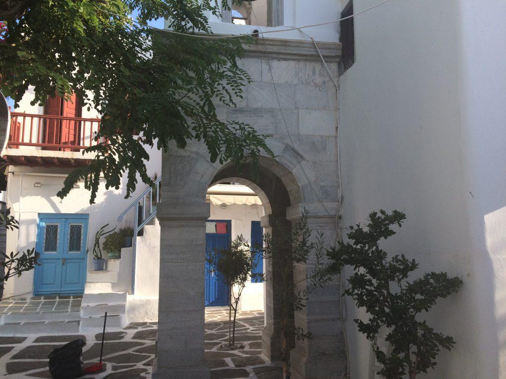 cata-ete-2016-mykonos-chapelle