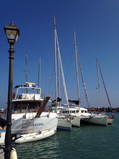 cata-ete-2016-santorin-vlychada-marina