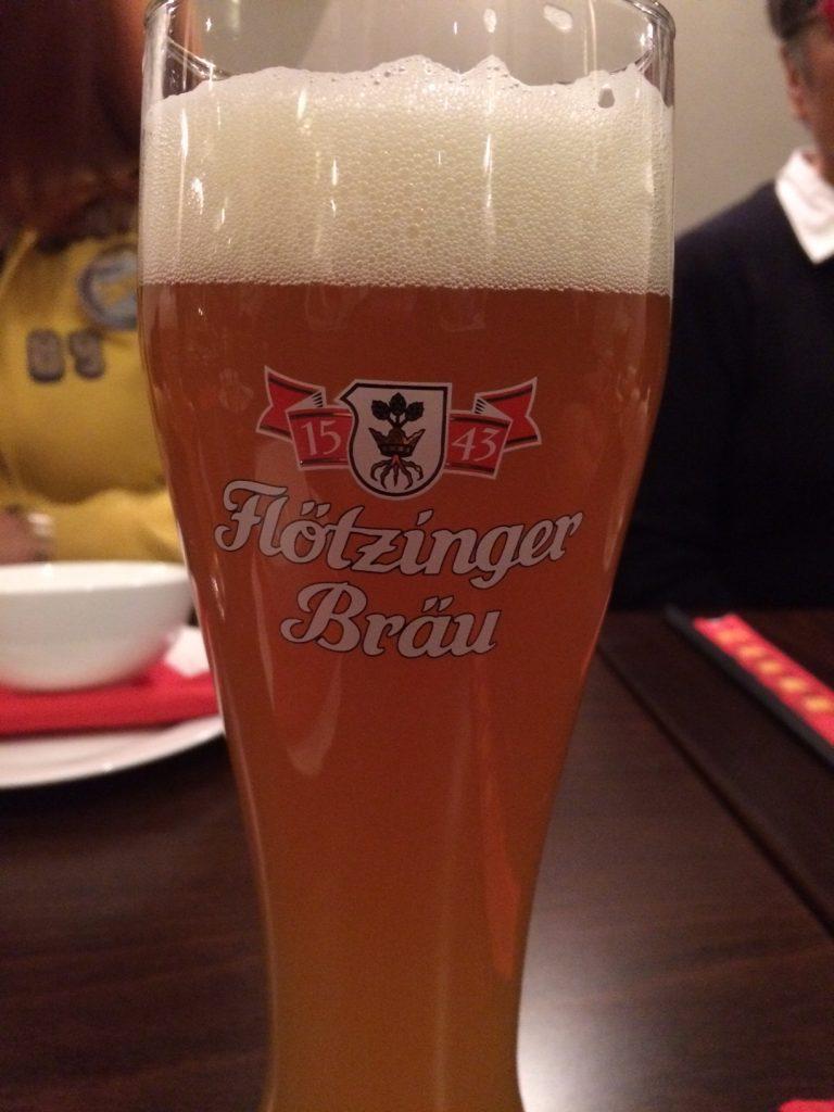 j1-raod-trip-munich-dec16-1ere-biere