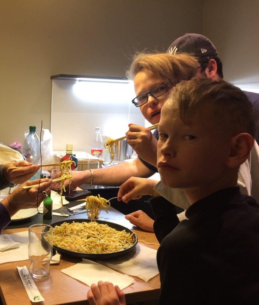 j4 diner nouilles sautes munich noel 2016