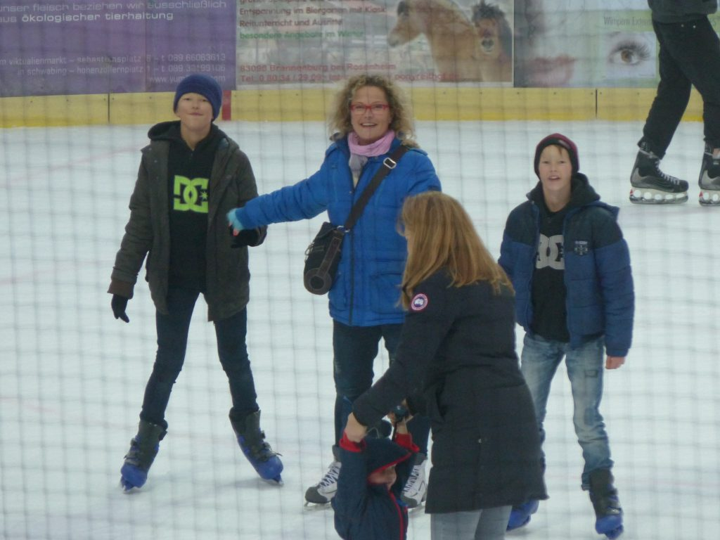 j4top patinoire munich MFV noel 2016