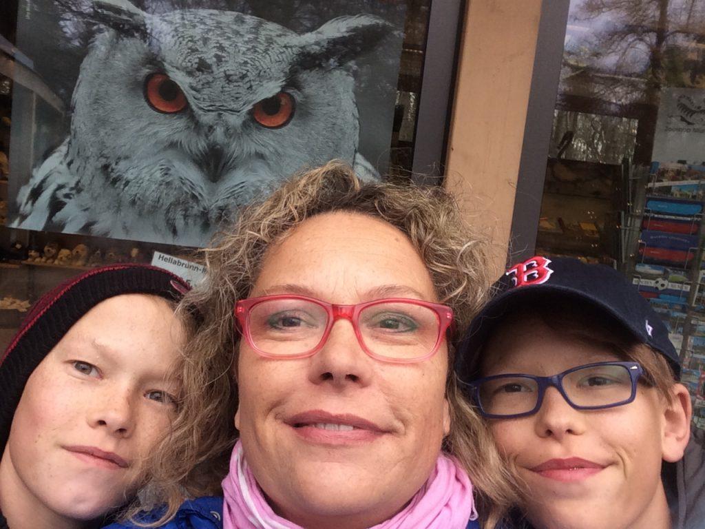 j6 selfie au zoo noel munich 2016