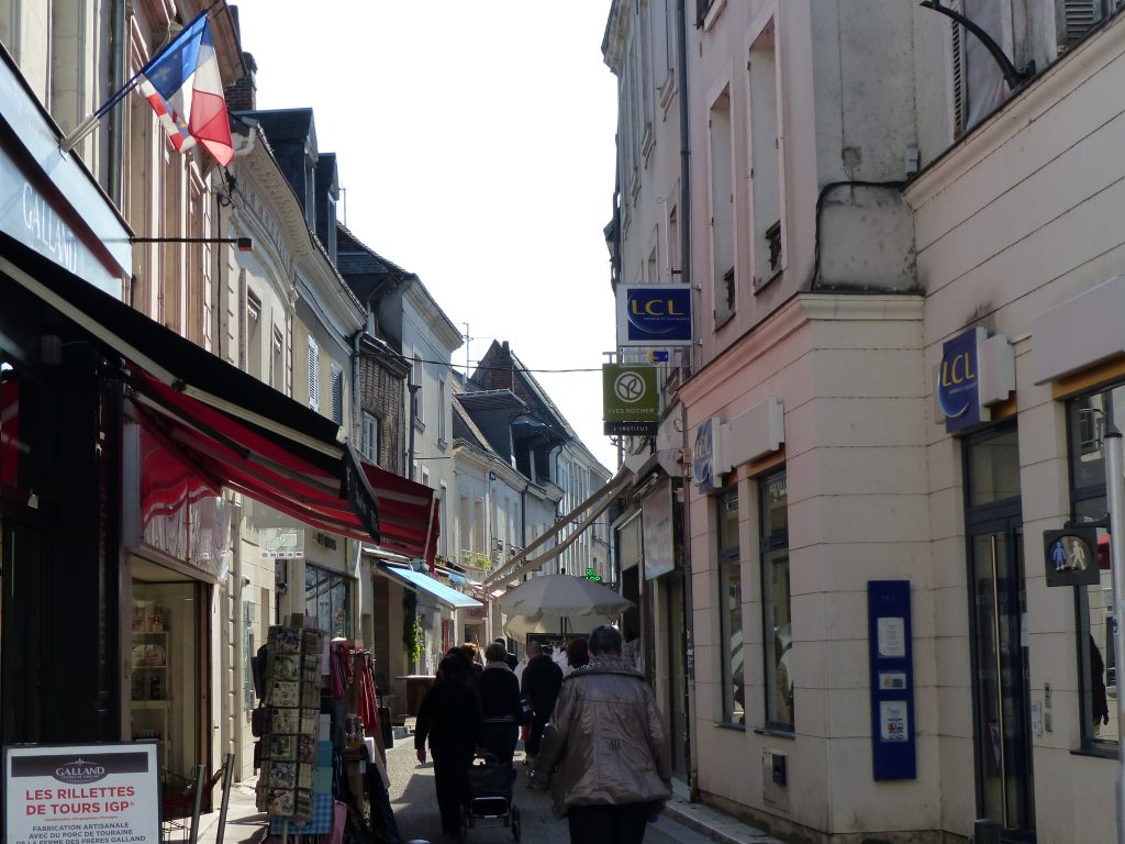 avril-17-MFV-shopping-amboise-rue-nationale