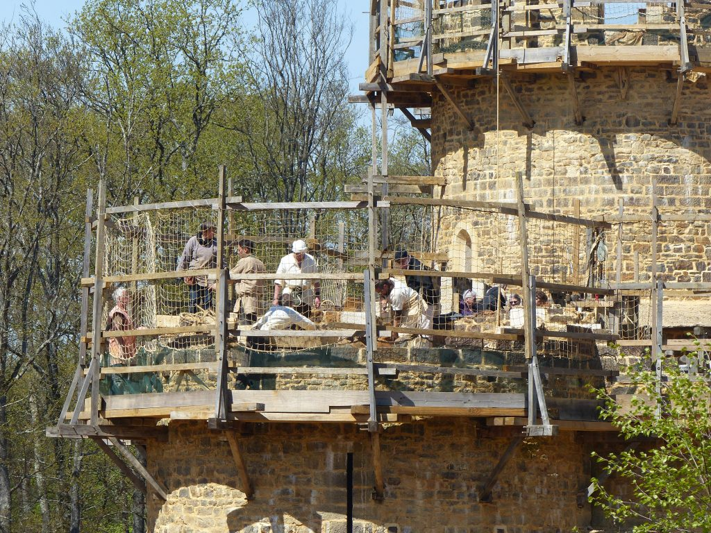 avril-17-MFv-guedelon-chantier-tour
